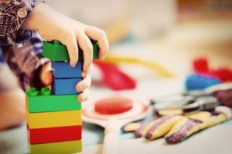 プリスクールとは - 幼児英語教育機関としての選び方や比較基準 -